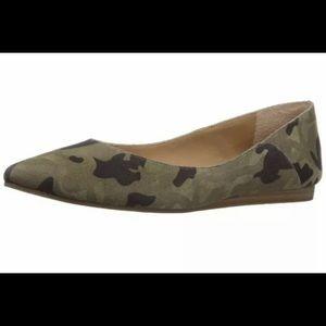 Lucky Brand Blyando Camouflage Ballet Flats